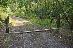 2020 09 12 Barrière Chemin du Conroy tronçonnéeb